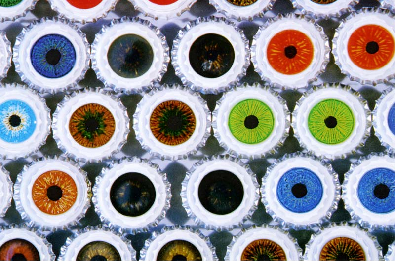 Eung Ho Park: Bottle Cap Eyes, postcard, pg 1